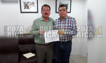 Se registra Naro Amador como pre-candidato del PRD a la alcaldía por Poza Rica.