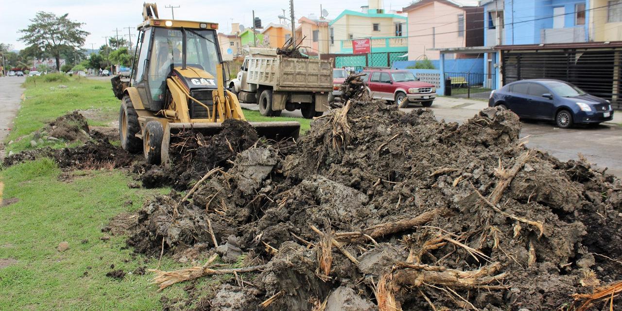 """Respalda Ayuntamiento a vecinos del Fraccionamiento """"Tajín"""""""