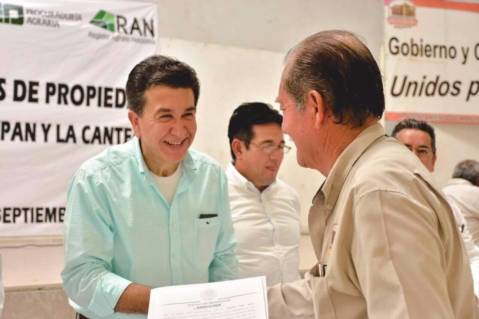 La tierra hay que hacerla producir, no venderla: Héctor Yunes