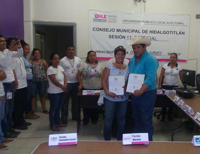 Alcalde electo de Hidalgotitlán muere en atentado.