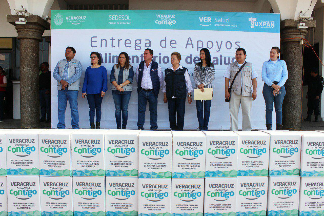 Ante cientos de beneficiarios de VCC Toño Aguilar aseguró ir de frente para abatir la marginación en Tuxpan: Tuxpan