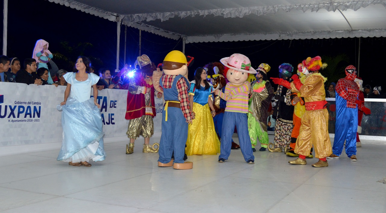 Inauguran pista de patinaje en Tuxpan