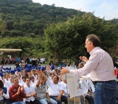 El Gobernador Yunes entrega en Tezonapa un hospital totalmente rehabilitado: Estado