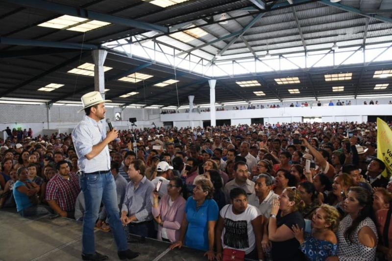 Miguel Ángel Yunes Márquez, precandidato del PAN y PRD a la gubernatura de Veracruz, termina intensa gira por el sur del estado, visitando a la militancia de Coatzacoalcos y Las Choapas:Regional