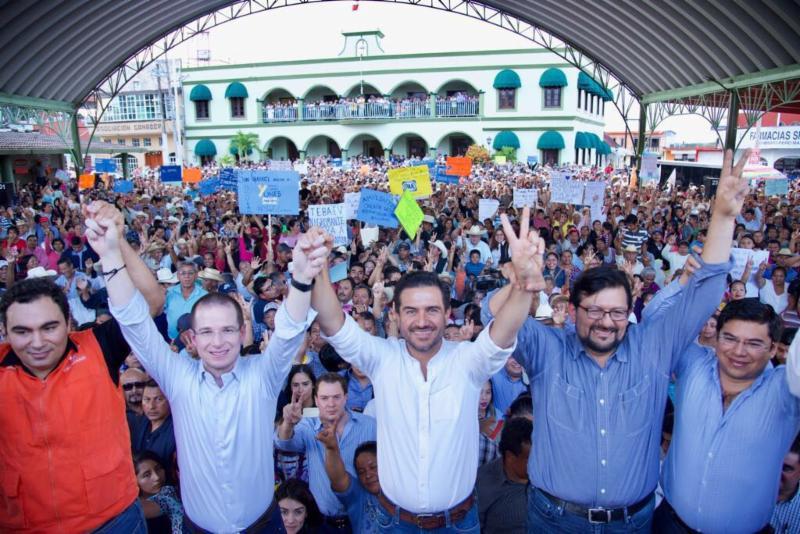 """Gracias al cambio ha iniciado la transformación de Veracruz y se ha empezado a hacer justicia"""": Ricardo Anaya Cortés: Regional"""