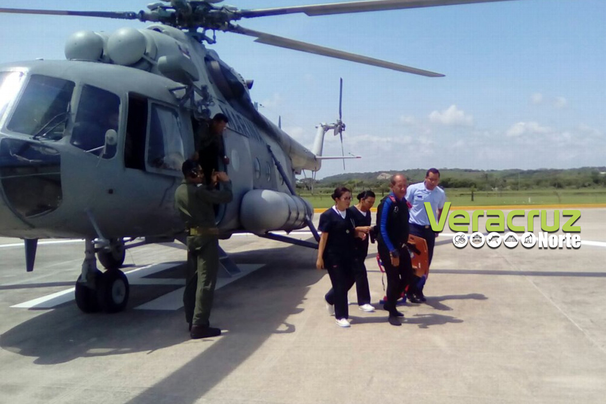 SEMAR rescata a Buzo extraviado en Isla de Santiaguillo, Veracruz.
