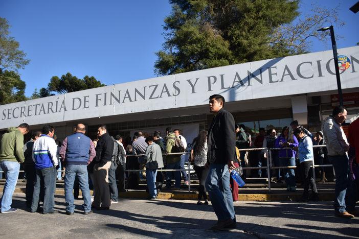 Secuestran las oficinas de la Secretaría de Finanzas Y Planeación de Veracruz