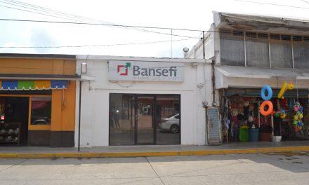 Urgen cajeros y centros bancarios