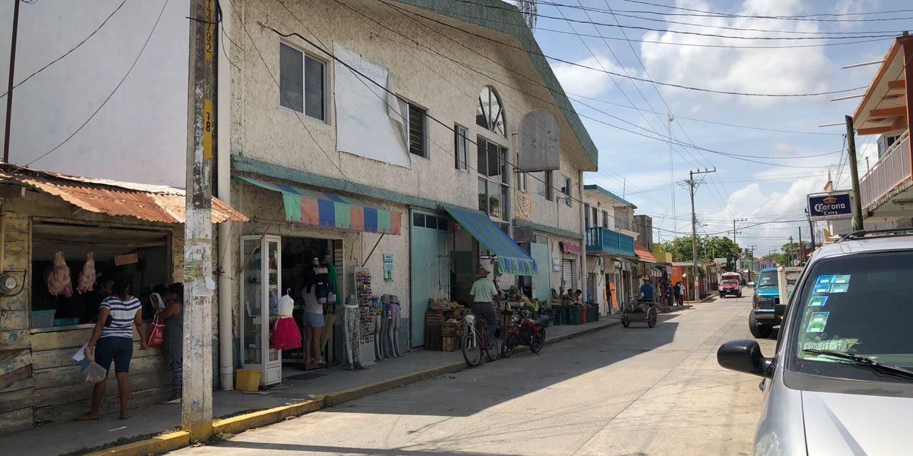 Citlali va tras locatarios del mercado