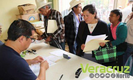 Reciben productores de la sierra de Zongolica pago del SAC