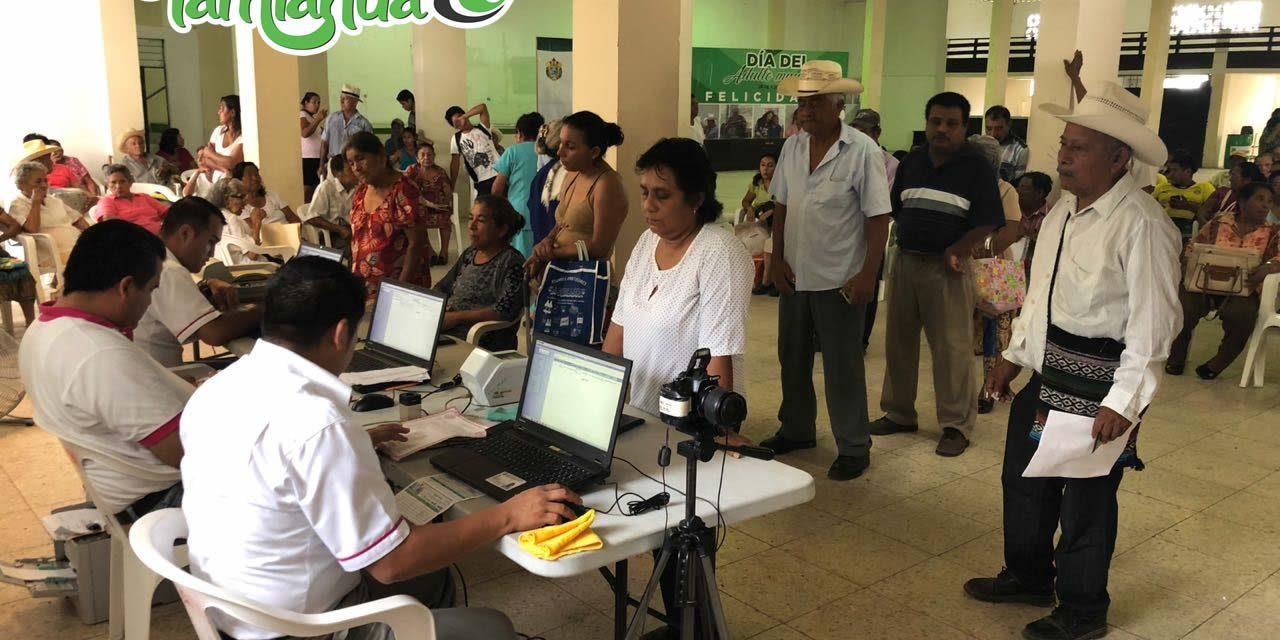 Abarrotan módulo INE en Tamiahua