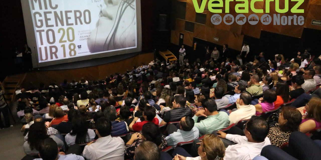 Asiste la Unidad de Género de la Sedarpa a proyección de documental