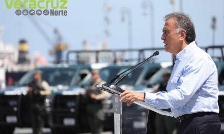 El Gobernador Yunes ha entregado 350 nuevas patrullas para mejorar la seguridad de los veracruzanos
