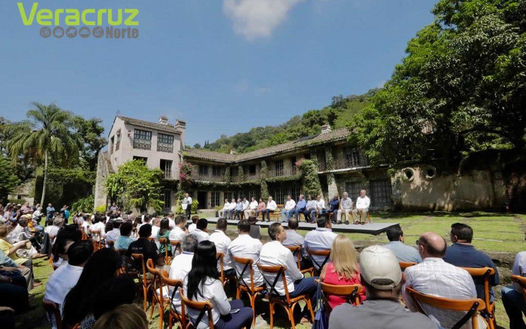 """El Gobernador Yunes entrega a INECOL y CONACYT """"El Faunito"""", frustrada mansión de retiro de Javier Duarte de 6 hectáreas de extensión"""