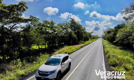 """En sólo dos años, reconstruimos más carreteras que en dos sexenios"""": Gobernador Yunes"""