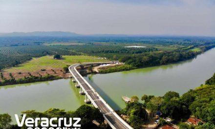 Inaugura el Gobernador Yunes el Puente «El Ojite» sobre el río Tuxpan; comunica Álamo y los municipios de la Huasteca norte con el Puerto de Tuxpan