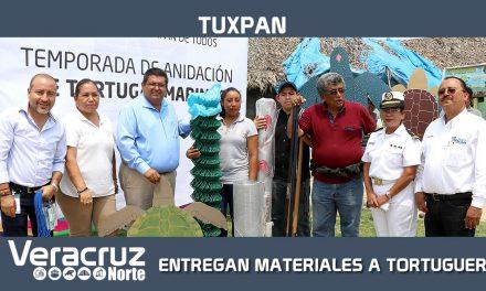 Entrega de materiales a campamentos tortugueros