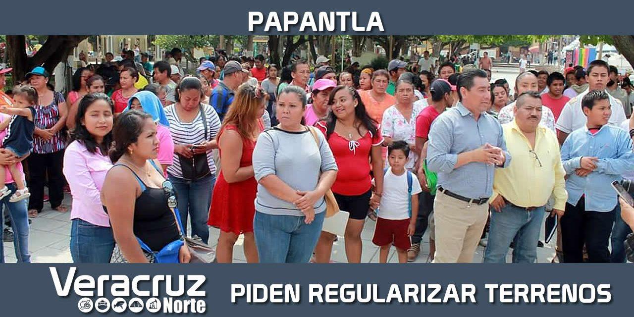 Familias de la Colonia Margarita Morán Véliz de Papantla buscan certeza jurídica para su patrimonio
