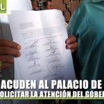 ALCALDES ACUDEN AL PALACIO DE GOBIERNO