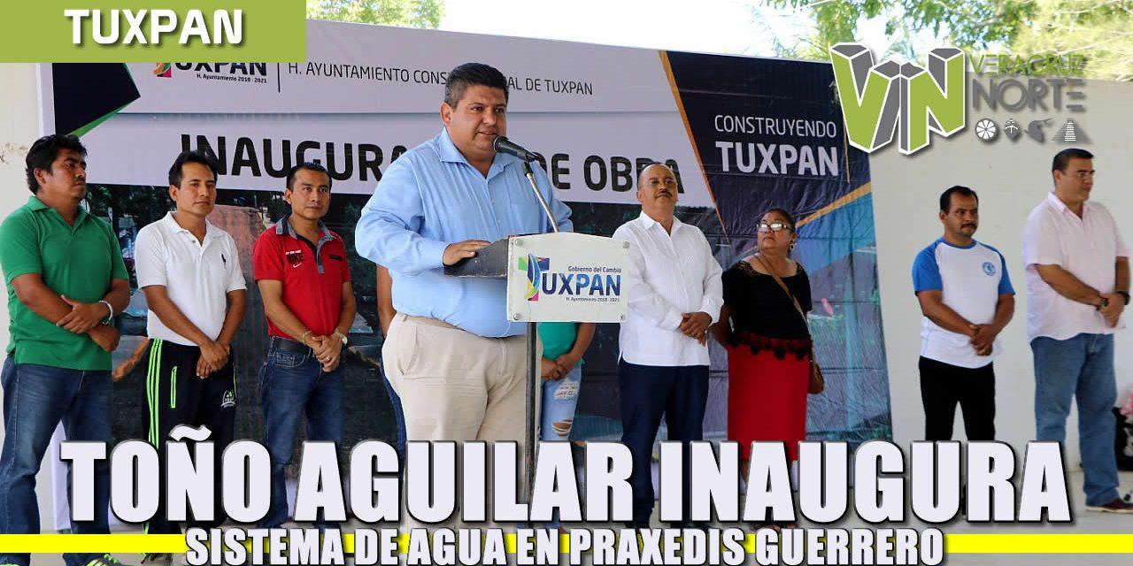 Inaugura Toño Aguilar otro sistema de agua en Praxedis Guerrero