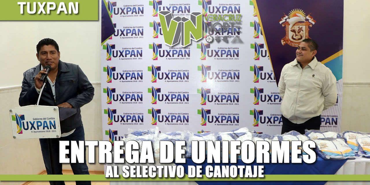 Entrega de uniformes al selectivo de Canotaje