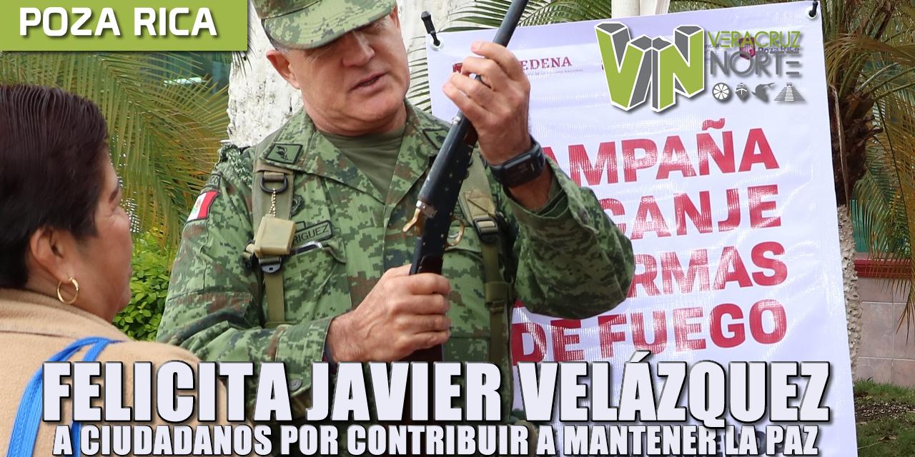 FELICITA JAVIER VELÁZQUEZ A CIUDADANOS POR CONTRIBUIR A MANTENER LA PAZ