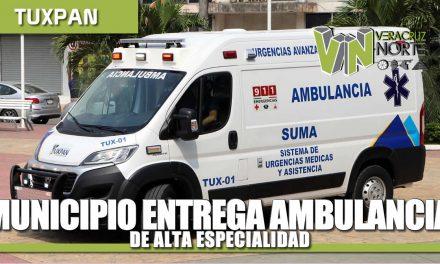 Gobierno Municipal entrega a Dirección de Salud nueva ambulancia de alta especialidad