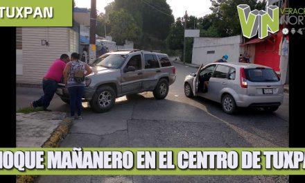 CHOQUE MAÑANERO EN EL CENTRO DE TUXPAN.
