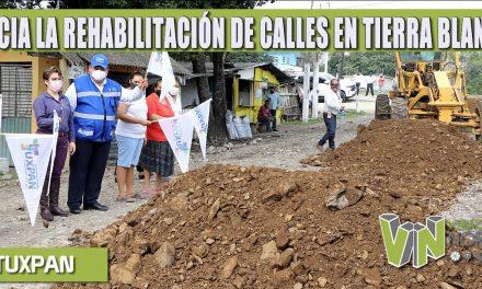 AYUNTAMIENTO INICIA LA REHABILITACIÓN DE CALLES EN TIERRA BLANCA.