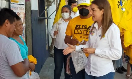 ROTUNDA LA ACEPTACIÓN DE ELISA RIVERA ELIZALDE EN SU VISITA, CASA POR CASA EN ARROYO DEL MAÍZ