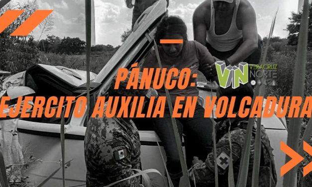 PÁNUCO: Ejercito auxilia en VOLCADURA